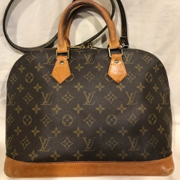 55a0823e5a5e Louis Vuitton Alma Tote   AUTHENTIC   Strap Too!